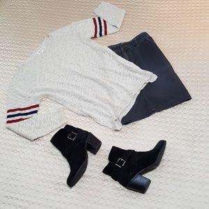 Super Soft Arm Striped Sweater